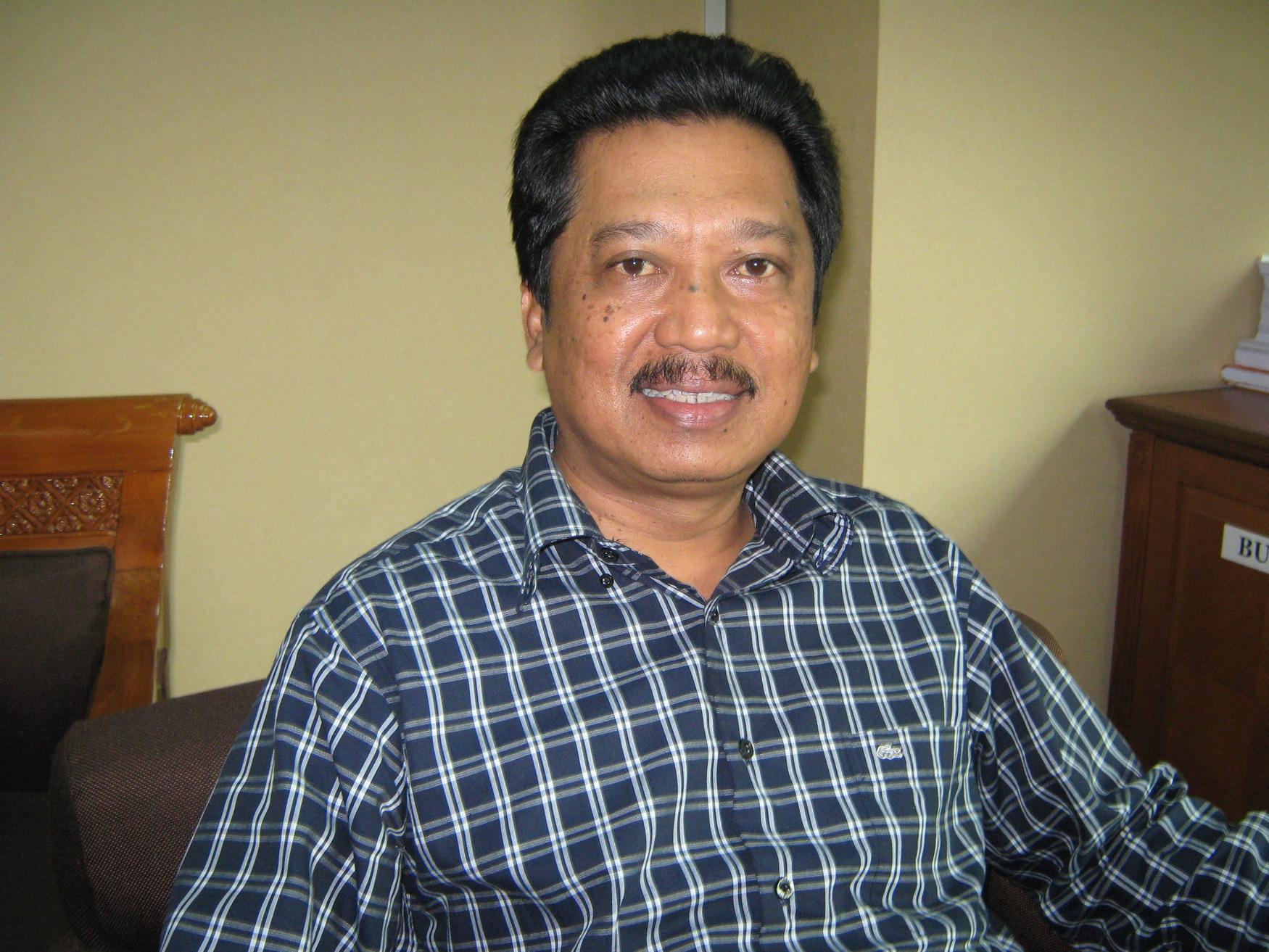 Profil H. Agus Sulistiyono, SE. (Anggota DPR RI) : Sebuah Kisah Anak Negeri