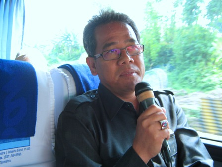 Yoseph Umar Hadi Karaoke