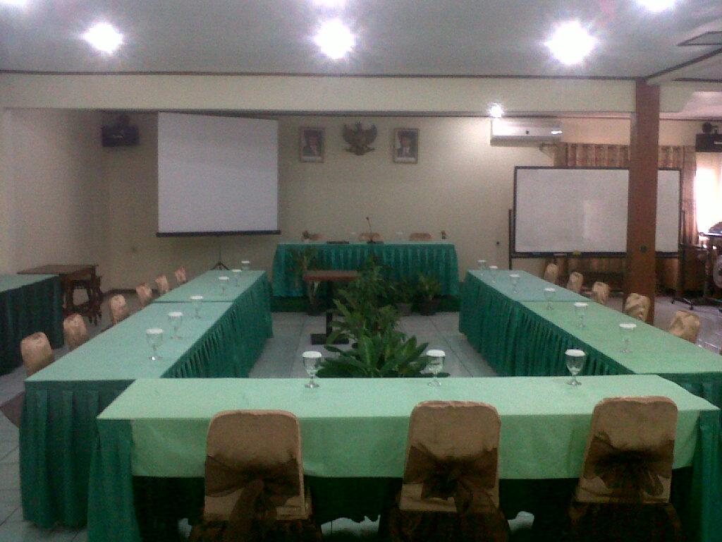 Ruang Sidang Utama Hotel Taman Teratai, Bisa Dipergunakan Untuk Ruang Meeting atau Sidang
