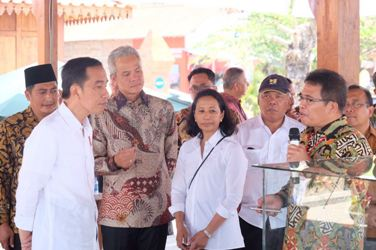 Presiden Jokowi Apresiasi Upaya BUMN, Membangun Ekonomi Masyarakat di Wilayah Pariwisata Candi Borobudur
