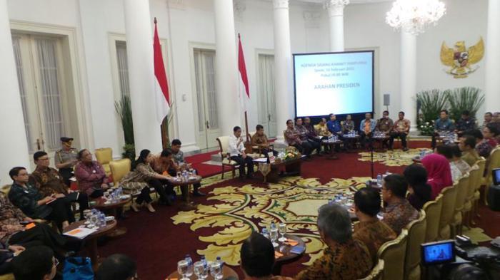 Presiden Jokowi Kumpulkan Menteri di Istana Bogor, Bahas RAPBN 2019