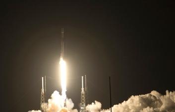 Satelit Merah Putih Milik Telkom Berhasil Diluncurkan dari Cape Canaveral Florida