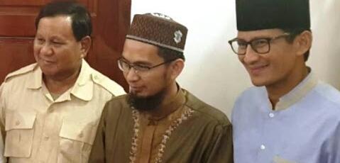 Setelah Ustadz Abdul Somad, Ustadz Adi Hidayat Bertemu Prabowo Subianto