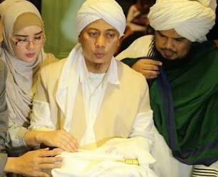 Pegang Rambut Nabi Muhammad, Opick Awalnya Mimpi Bulan Bintang Jatuh